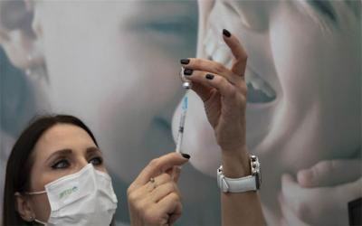 Εισαγγελική έρευνα για την ανεμβολίαστη νοσηλεύτρια στο Κέντρο Υγείας Βόλου