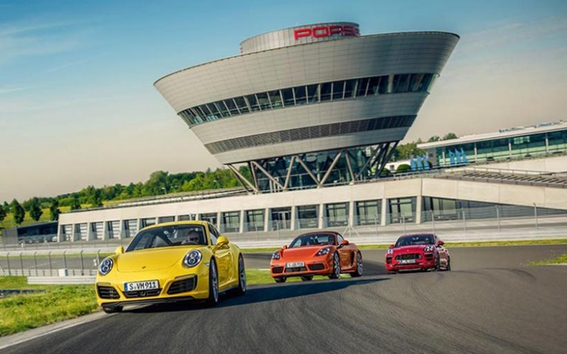 Η Porsche διαθέτει την καλύτερη ιδιωτική πίστα στον κόσμο