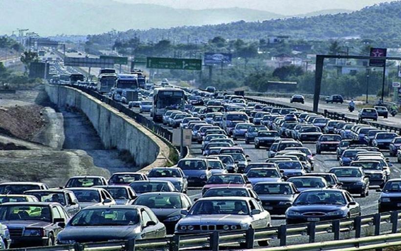Πονοκέφαλος των αυτοκινητοβιομηχανιών οι εκπομπές ρύπων CO2