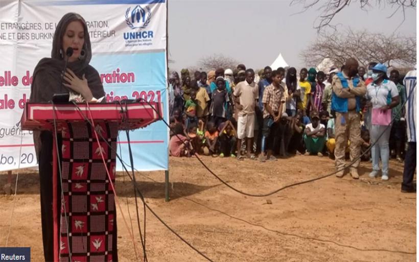 Αντζελίνα Τζολί: Επισκέφθηκε καταυλισμό προσφύγων στην Μπουρκίνα Φάσο