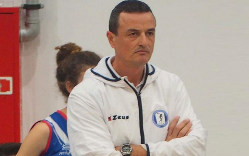 Συνεχίζει στο Γ.Σ.Αλμυρού ο προπονητής βόλεϊ Χρήστος Μακρής