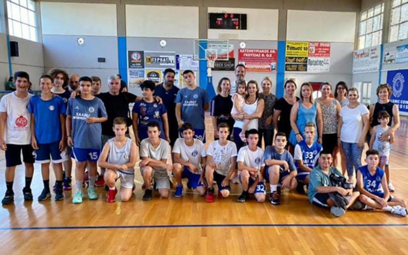 Ημέρα οικογένειας για την ακαδημία καλαθοσφαίρισης του Γ.Σ.Αλμυρού (φωτογραφίες)
