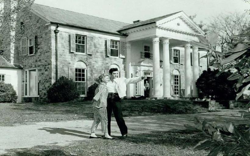 Ανοίγει και πάλι τις πύλες της η Graceland του Έλβις Πρίσλεϊ