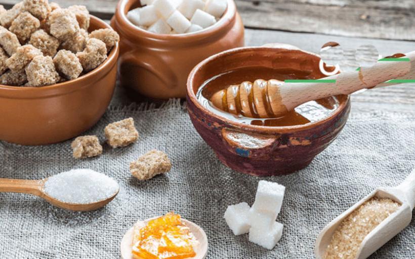 Ζάχαρη, στέβια, μέλι ή άλλα γλυκαντικά; Τι είναι πιο υγιεινό και γιατί