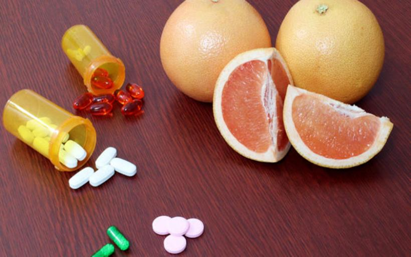 Γκρέιπφρουτ: Με ποια φάρμακα αλληλεπιδρά – Προσοχή!