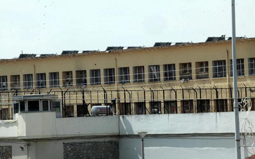 Κελιά – σουίτες και κελιά – τρώγλες αποκάλυψε έρευνα στις φυλακές Κορυδαλλού