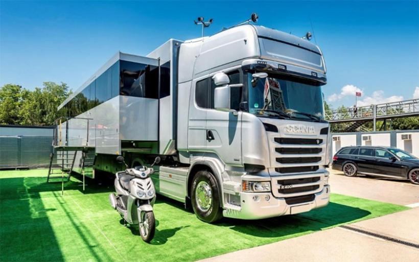 Πωλείται η κινητή σουίτα του περσινού πρωταθλητή στη Formula1, Nίκο Ρόσμπεργκ