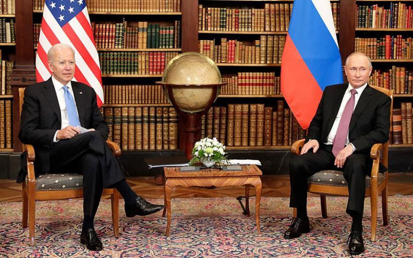 Τελικά τι συζητήθηκε στη συνάντηση Μπάιντεν – Πούτιν; Τα κρίσιμα σημεία «πίσω από τις γραμμές»