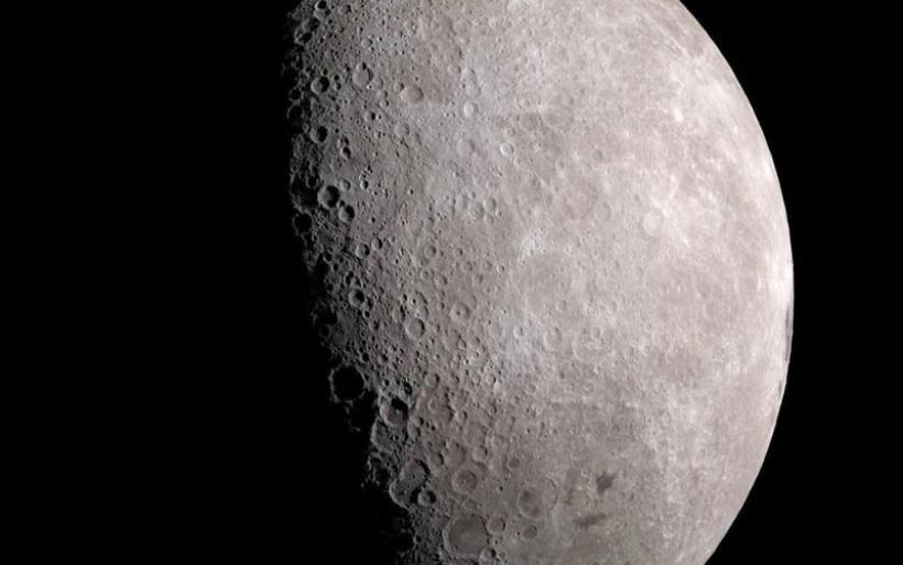 Ετοιμάζονται γεωτρήσεις για οξυγόνο, νερό και καύσιμα στο φεγγάρι!