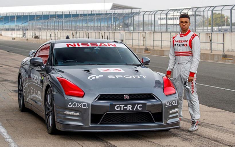 Το Nissan GT-R είναι το πρώτο αυτοκίνητο που οδηγείται μέσω PlayStation