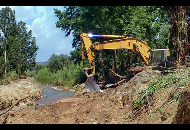 Η Περιφέρεια Θεσσαλίας καθαρίζει τα υδατορέματα Αλμυρού, Κροκίου, Πλατανόρεμα και Ν. Αγχιάλου